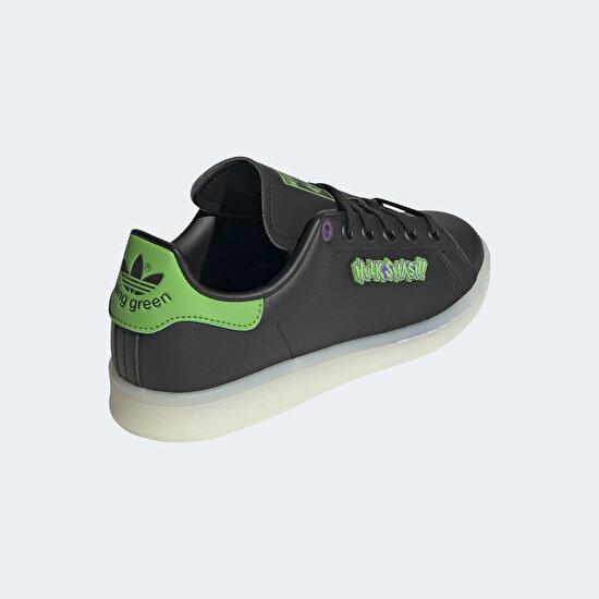 תמונה של Marvel Stan Smith Shoes