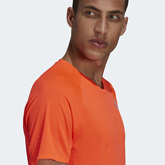 Picture of Runner Tee